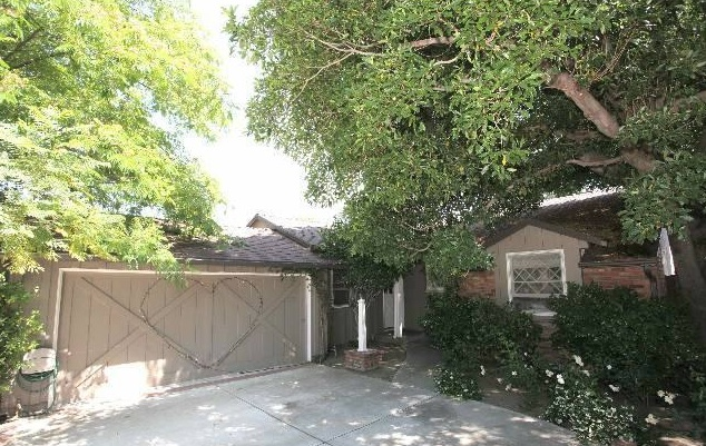 John Larroquette's Bungalow on the Market