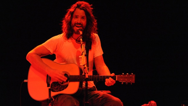 PHOTOS: Chris Cornell Plays The Vic