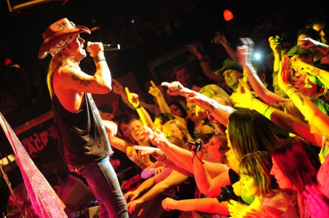 Bret Michaels Rocks Chicago