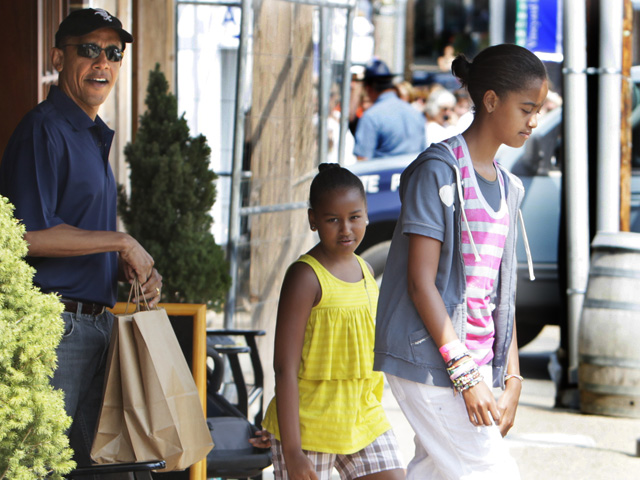 Obama Family Vacations in Photos: Martha's Vineyard Edition