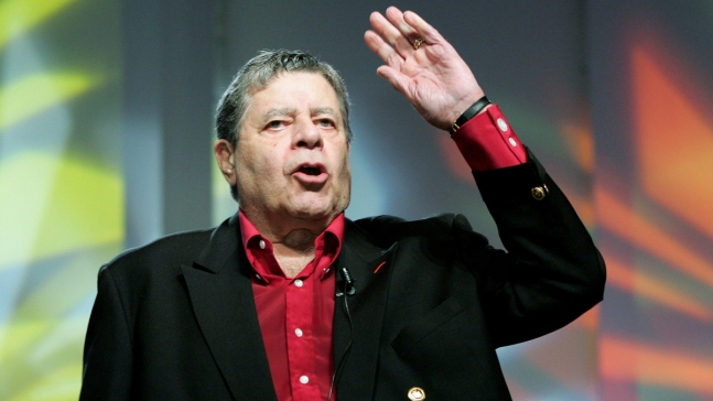 Stars React to Passing of Comedy Icon Jerry Lewis