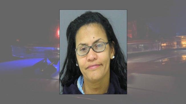Police: Hungry 4-Year-Old Calls 911, Mother Arrested