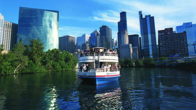 Chicago River Boat Tour Ranked as Most Booked in America