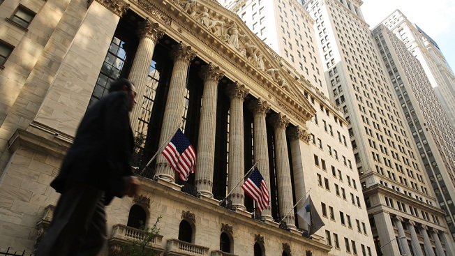 US Stock Indexes Bust Records as Oil Prices Jump