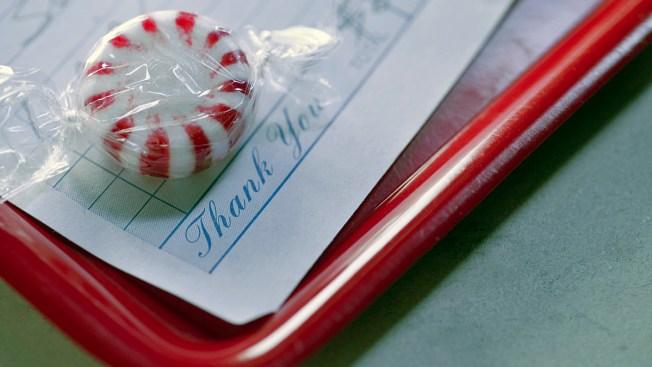 Struggling Waitress Gets $1,075 Tip