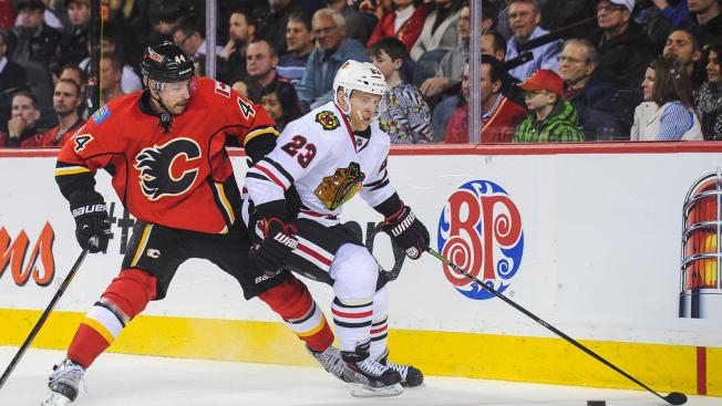 Versteeg, Rozsival Could Miss Blackhawks Season Opener