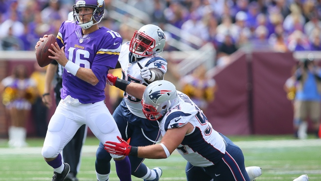 Criticism Mounting for Adrian Peterson, Minnesota Vikings