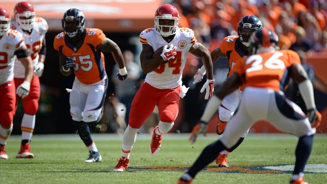 Chicago Bears Sign Running Back Knile Davis