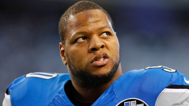 Bears Stand to Benefit as N'Damukong Suh Leaves Lions