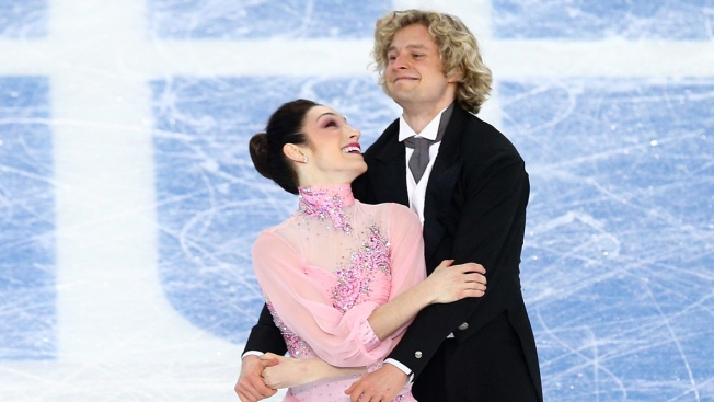 Meryl Davis and Charlie White Take Lead in Olympic Ice Dance