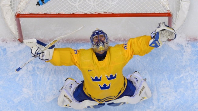 Swedes Top Finns 2-1 to Reach Olympic Hockey Final