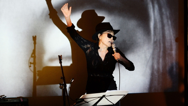 Yoko Ono to Bring First Permanent Public Art Exhibit in North America to Chicago