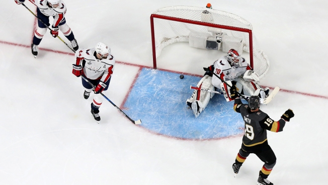 909ec5e87f3 Golden Knights Outlast Capitals 6-4 in Stanley Cup Final Opener ...