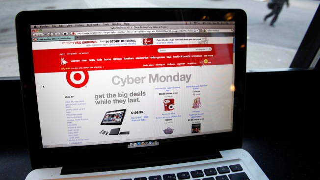 Americans Click For Deals on Cyber Monday