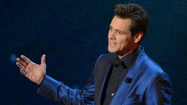Jim Carrey Delivers Emotional Commencement Speech, Receives Honorary Doctorate Degree
