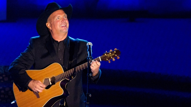 One Fan's Quest for Garth Brooks Tickets