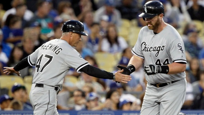 Danks, White Sox Shut Down Dodgers