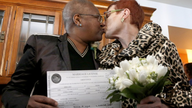 Illinois Same-Sex Couple Weds in Private Ceremony