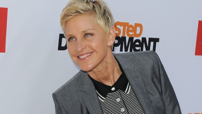 Ellen Gives $10K to NH Waitress for Soldiers' Tab