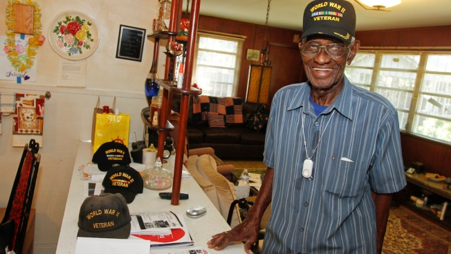 America's Oldest Veteran Richard Overton Celebrates 110th Birthday
