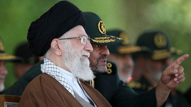 Iran Guard Chief Warns US Against Imposing New Sanctions