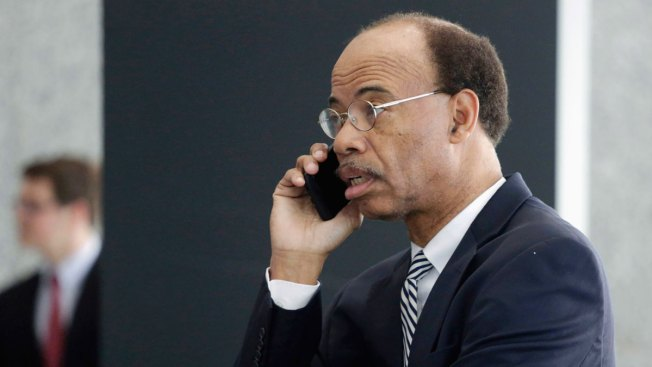 Former US Rep. Mel Reynolds Seeks Release to Halfway House