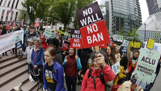 Trump defies Supreme Court ruling to ban all refugees