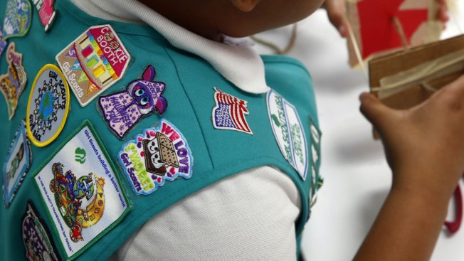 Girl Scouts Accuse Boy Scouts of Stealing New Members