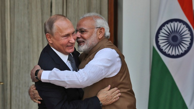 India Signs $5 Billion Deal for Russian Air Defense Systems