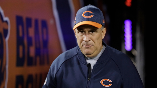 Bears' Vic Fangio to Be Denver Broncos Head Coach: Reports