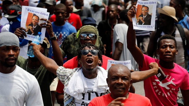 Thousands in Haiti Renew Protests, Clash With Police