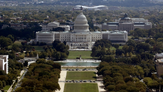 US Budget Deficit Surges as Federal Spending Hits Record Highs