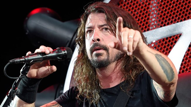 Foo Fighters 'RickRoll' Westboro Baptist Church Protesters