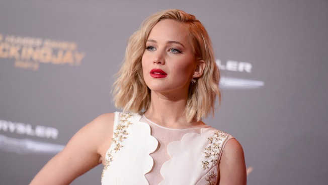 Jennifer Lawrence Named Entertainment Weekly's 2015 Entertainer of the Year