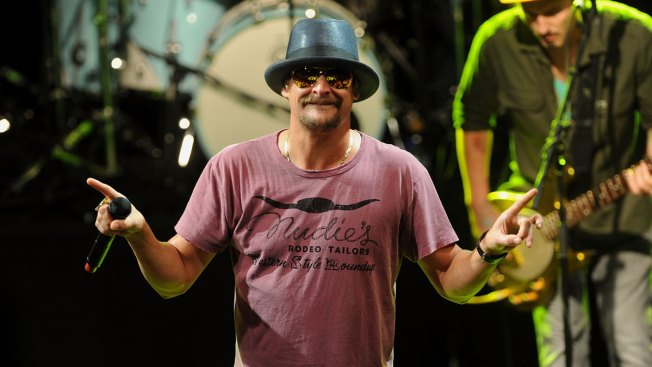 Kid Rock Postpones Chicago Show for Strained Vocal Cords