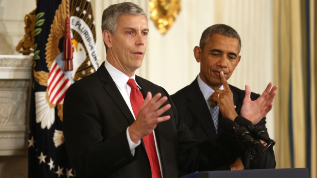 Report: Arne Duncan Not Considering Run for Governor, Mayor