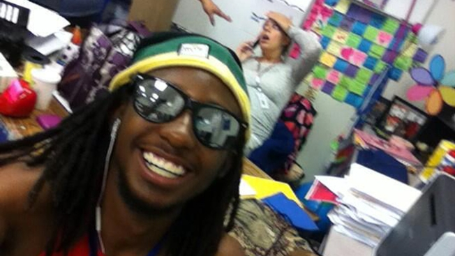 Student Selfie with Teacher Going Into Labor Goes Viral