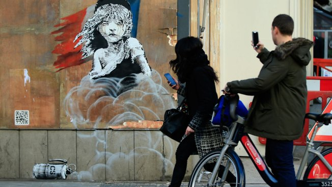 Banksy Artwork Criticizes Treatment of Refugees