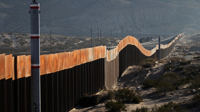 Pentagon Oks Military Construction Cash to Build Border Wall