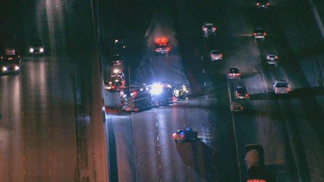 4-Vehicle Crash Blocks Lanes on Borman Expressway