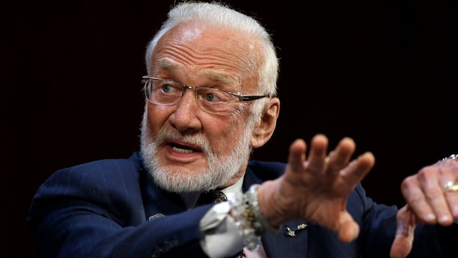 Buzz Aldrin Skips Space Center Gala Amid Feud With His Children