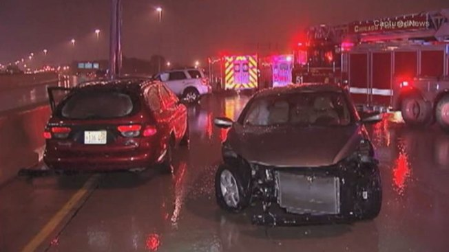 Two Hurt in Hit-and-Run Crash on Dan Ryan Expressway