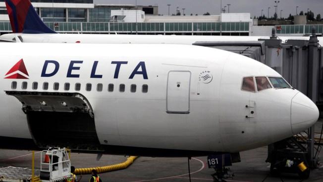 Flight From LaGuardia Circles for 2 Hours Before Landing at JFK