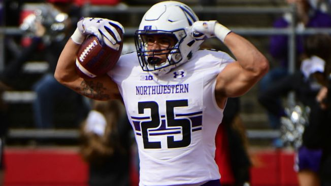Northwestern Beats Iowa, Clinches Berth in Big Ten Title Game