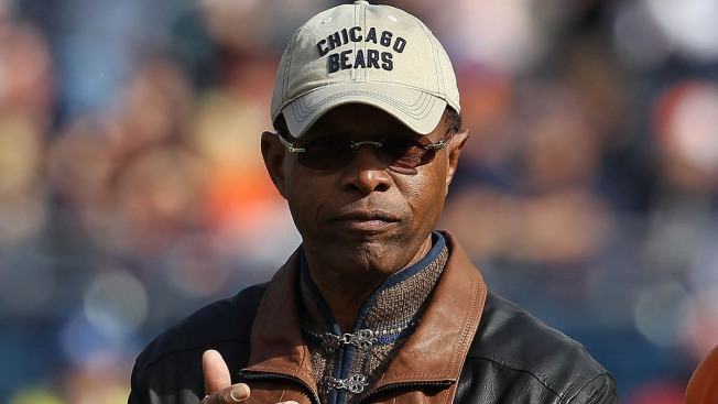 Chicago Bears Legend Gale Sayers Gets Huge Reception at Centennial Celebration