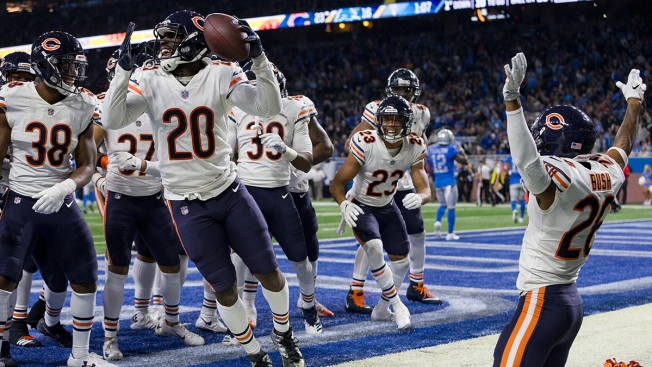 No, the Bears' Viral Dance in Detroit Wasn't Actually the Super Bowl Shuffle