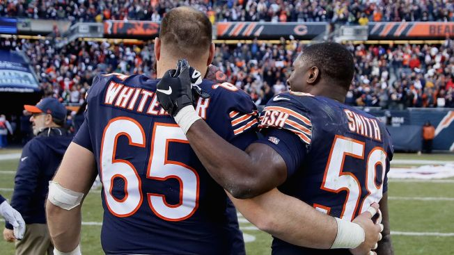 'Club Dub' Open for Business as Chicago Bears Celebrate Division Title