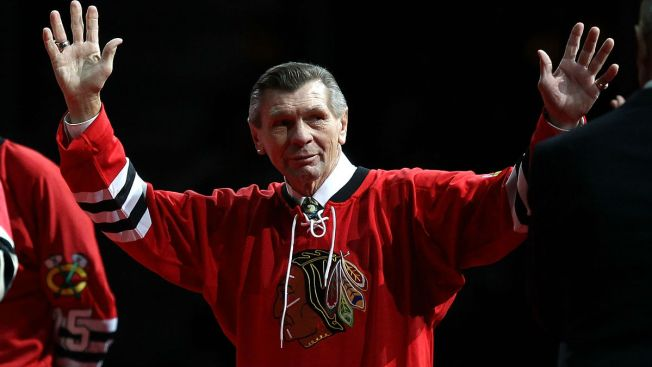 Blackhawks to Honor Stan Mikita With 'One More Shift'
