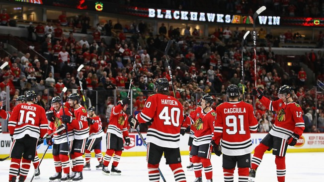 Three Stars: Kahun, Strome Boost Blackhawks Over Red Wings