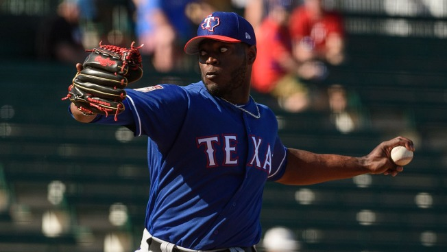 Cubs Make Roster Move, Claim C.D. Pelham Off Waivers From Rangers
